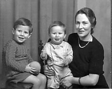 James Bowman   With Mother And Brother 1942